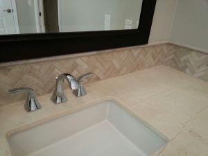 Sara bathroom 054